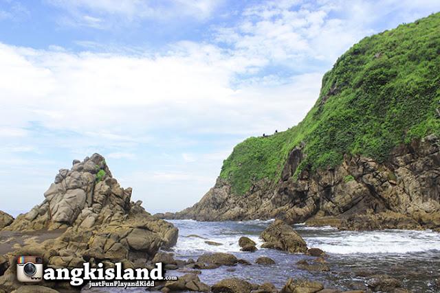 pantai jember indonesia