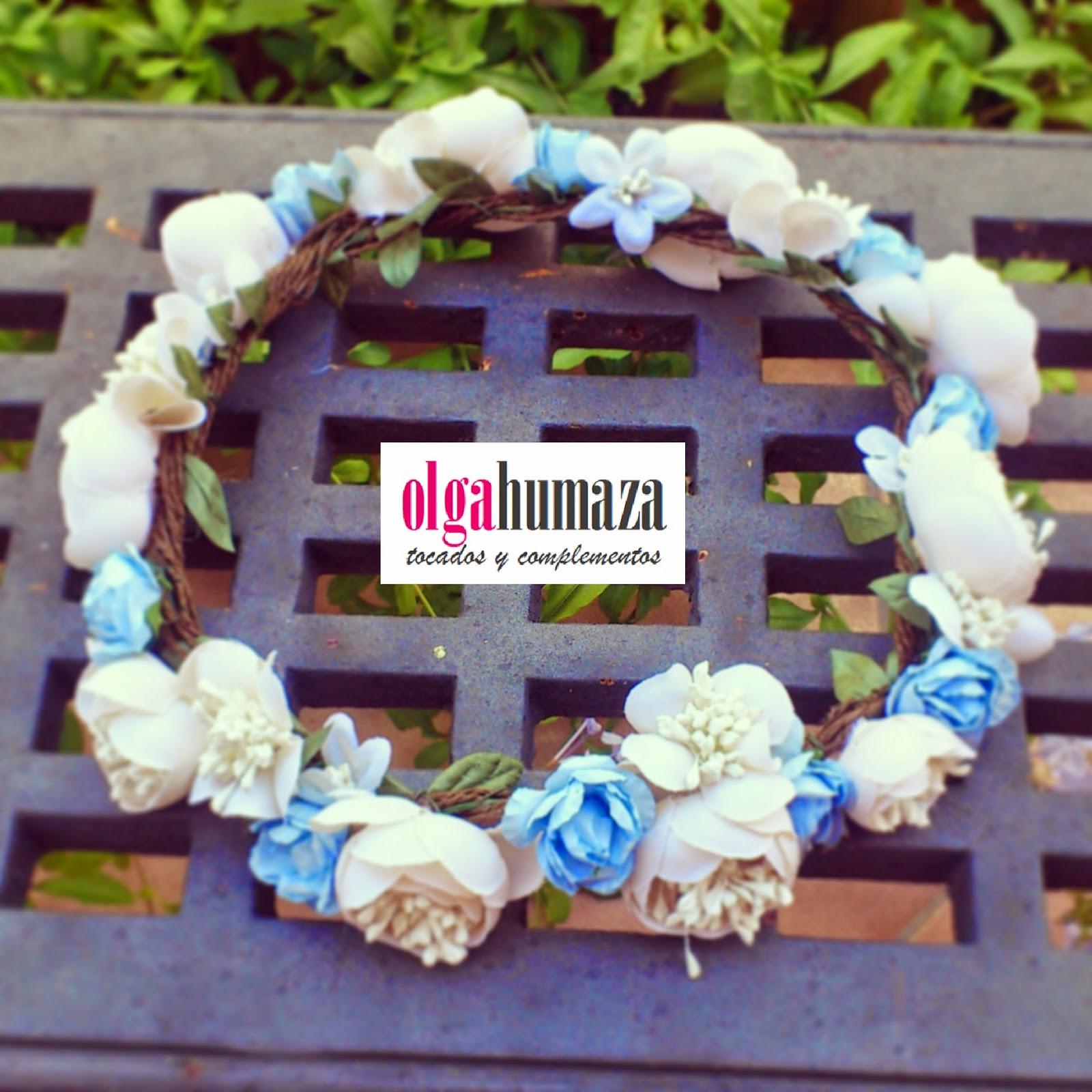 http://olgahumaza.blogspot.com.es/2014/06/a13-tocado-tiara-corona-paje-nino-boda.html
