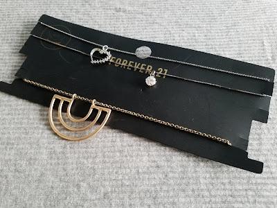 easy diy necklace holder for travel