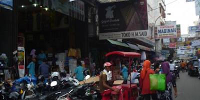 Wisata Belanja Di Pasar Kawasan Petisah, Medan