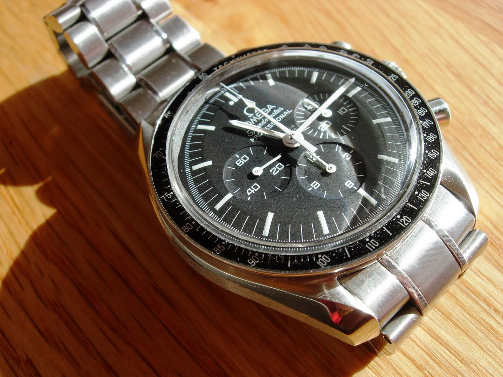 the teeritz agenda omega speedmaster professional 2007. Black Bedroom Furniture Sets. Home Design Ideas