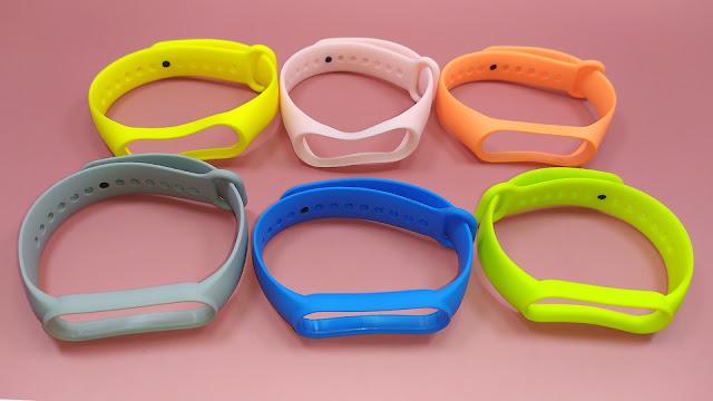 أحزمة مطاطية ملونة و رخيصة لشياومي باند 4 و 5  Silicone Wrist Strap For Xiaomi Mi band