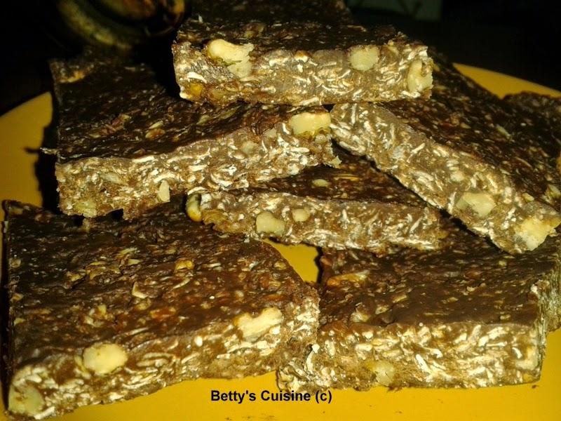 Σοκολατένιες μπάρες με βρώμη και καρύδια
