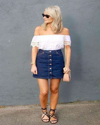 vestimenta con falda de mezclilla de botones
