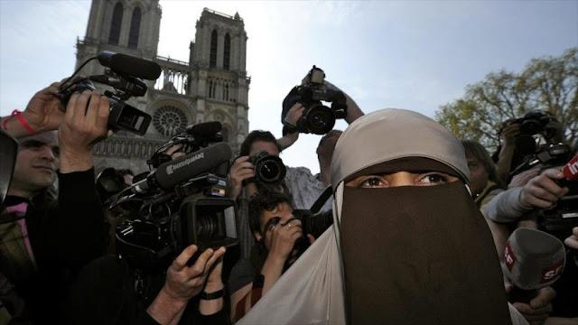 La ONU critica a Francia por prohibir el velo integral islámico
