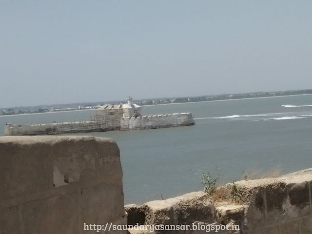 Diu Fort Jail amidst sea