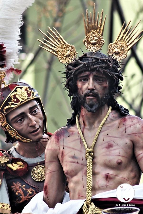 Salida de Jesus del Amor Despojado en sus vestiduras. Semana Santa de Cádiz 2019