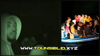 عاجل / بالصور : نفاذ الوقود على مركب حرقة على متنه 28 شخصا من بينهم طفل.. وأمطار وأمواج عالية تحاصرهم