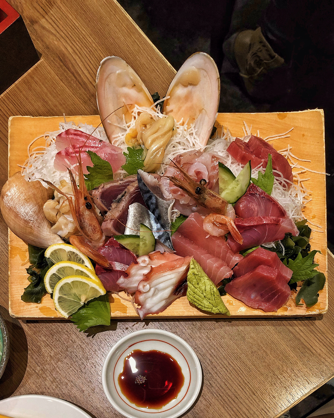Kanazawa eats, Japan fresh seafood, Kanazawa sashimi platter, Kanazawa trip from Tokyo, must-visit cities in Japan, Nishi Chaya District, Higashi Chaya District, photogenic and charming towns in Japan - FOREVERVANNY
