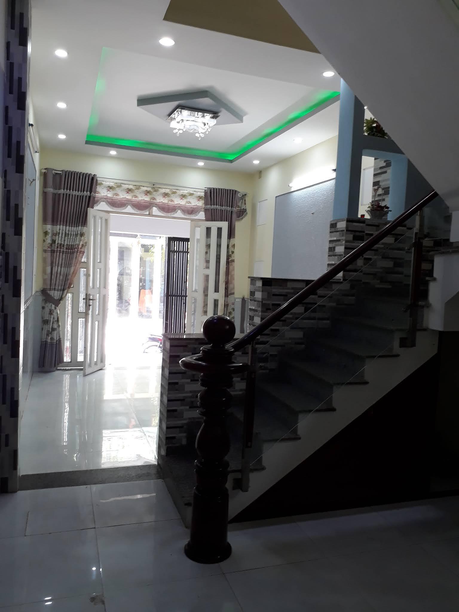 Bán nhà hẻm 276 Mã Lò phường Bình Trị Đông A quận Bình Tân. Nhà đúc 4 tấm
