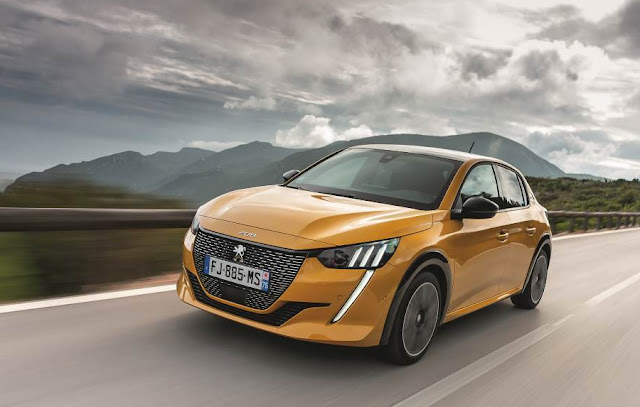 car of the year peugeot 208