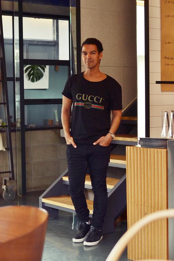 Marco Mommsen in Seoul , Koera