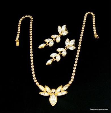 biżuteria vintage złoty naszyjnik i kolczyki Monet, stara biżuteria, gdzie kupić biżuterię vintage