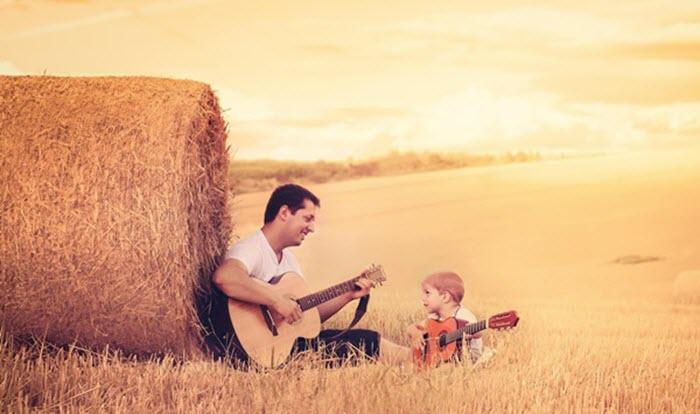 Những cuộc trò chuyện với cậu con trai nhỏ khiến tôi học được nhiều bài học ý nghĩa