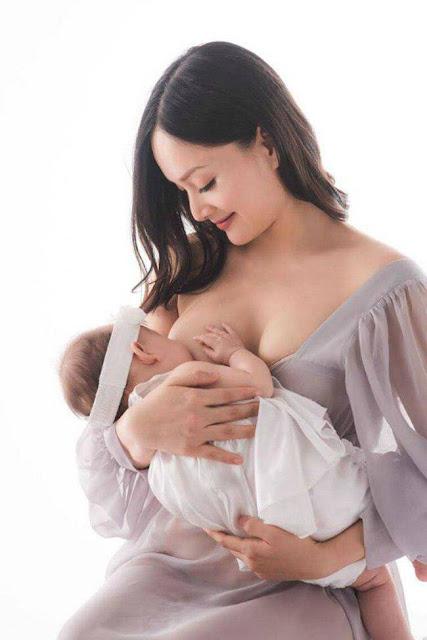 Mỹ nhân Việt để lộ ngực trần cho con bú: Người được khen hết lời, người bị chê nhạy cảm
