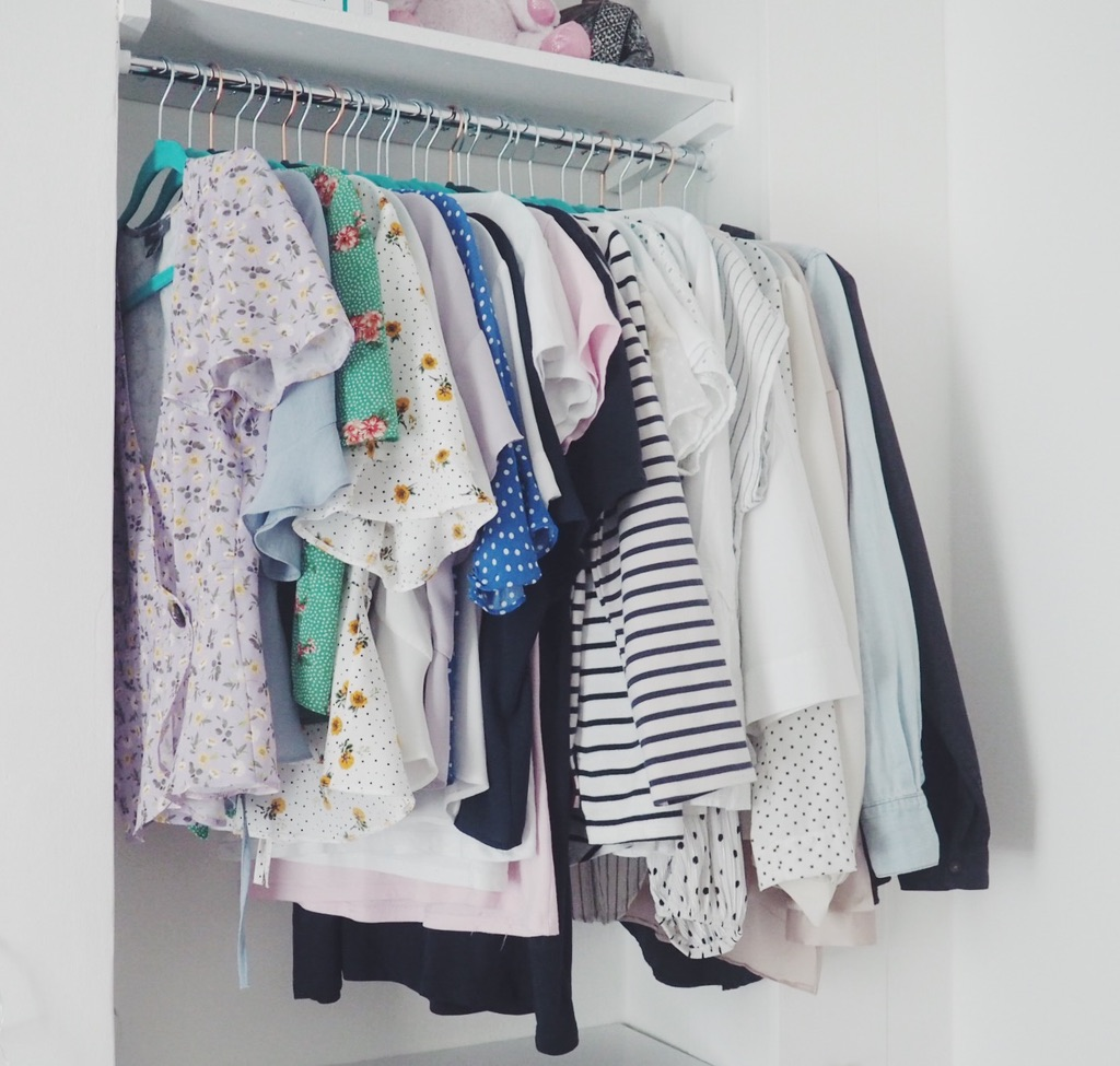 clothingstorage, howistoremyclothes, storing clothes, fashionbloggers, livinginahouseshare, londonliving