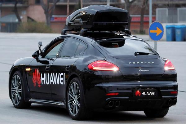 بعد شاومي.. هواوي تؤكد عزمها الاستثمار في السيارات الذكية