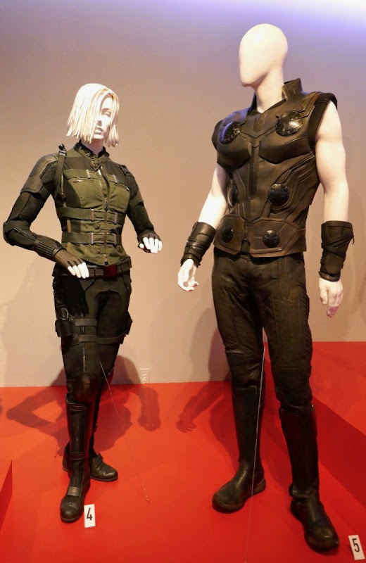 Avengers Infinity War Black Widow Thor costumes
