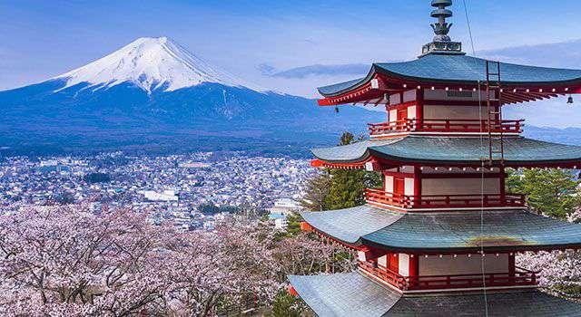 सफाई के मामले कई कदम भारते से आगे है जापान, वहां के टॉयलेट भी होते हैं खास