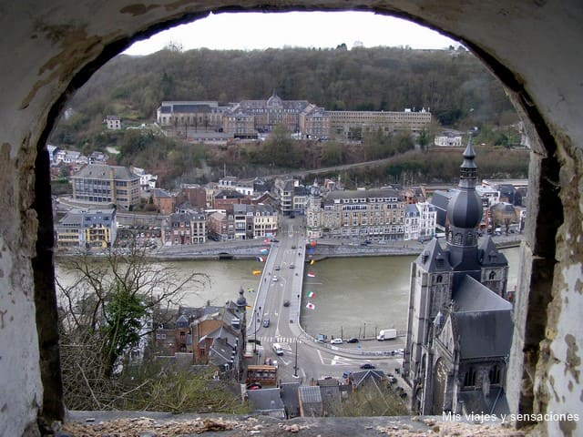 Dinant, Belgica