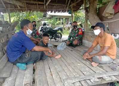 Setelah Apel Pagi,  Anggota Koramil 03/Kaway XVI Langsung Komsos Ke Desa Binaan