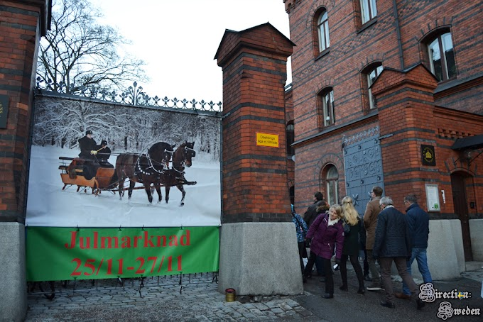 Jarmark świąteczny w Stajniach Królewskich