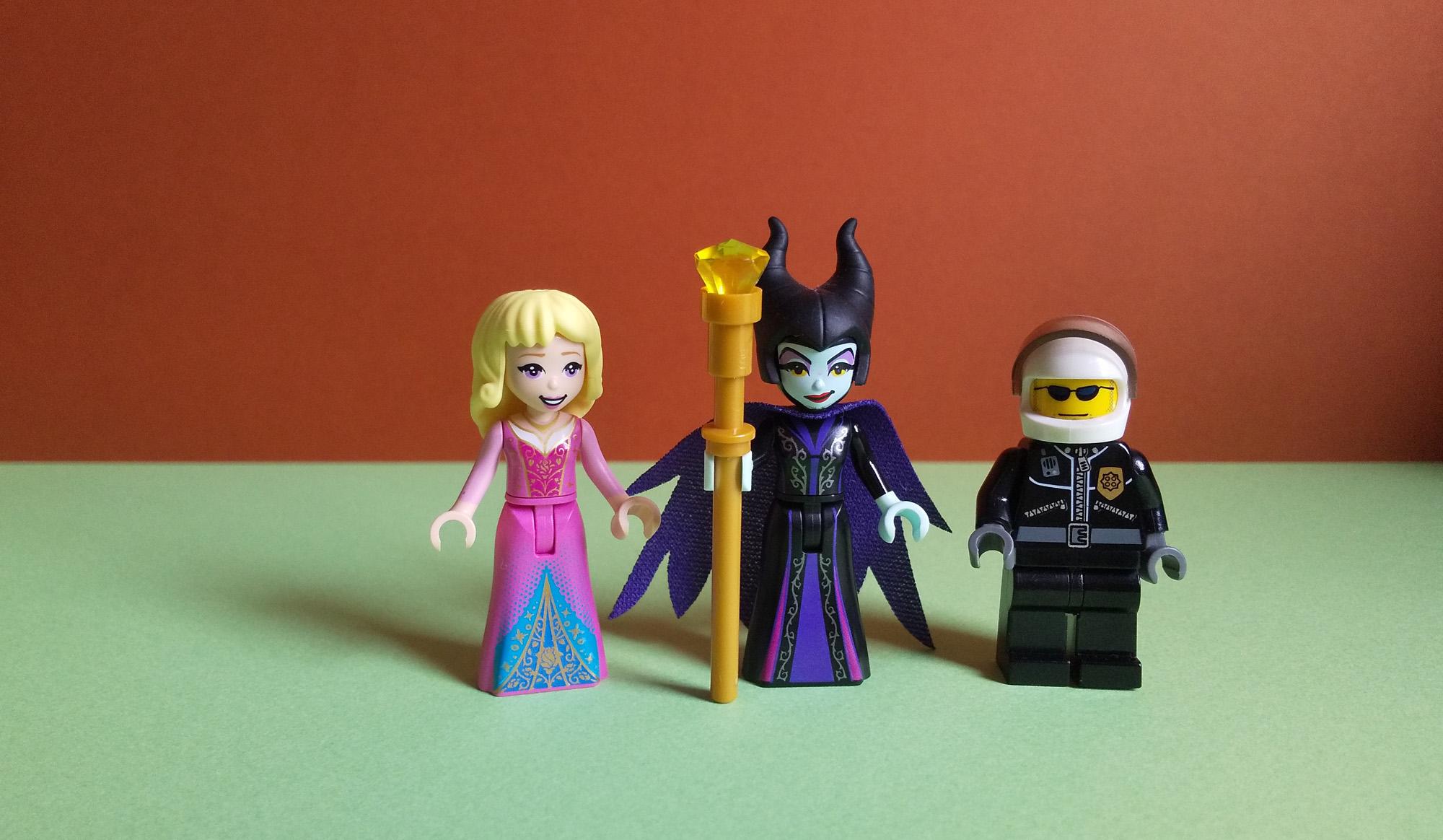 レゴも人気のディズニー映画マレフィセント感想:正義の魔女対裏切者バトルアクション!