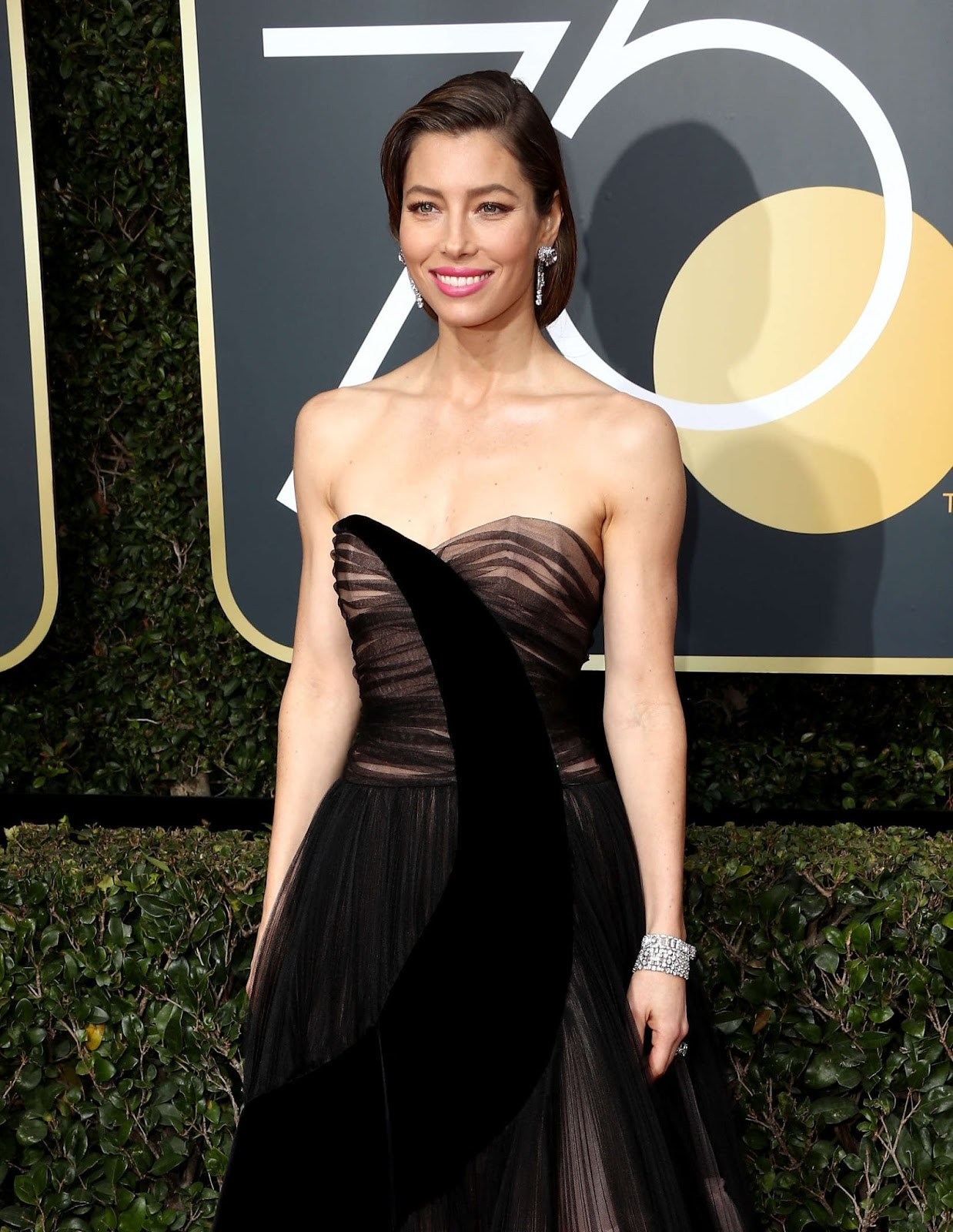 Jessica Biel on Tthe Red Carpet at Golden Globe Awards