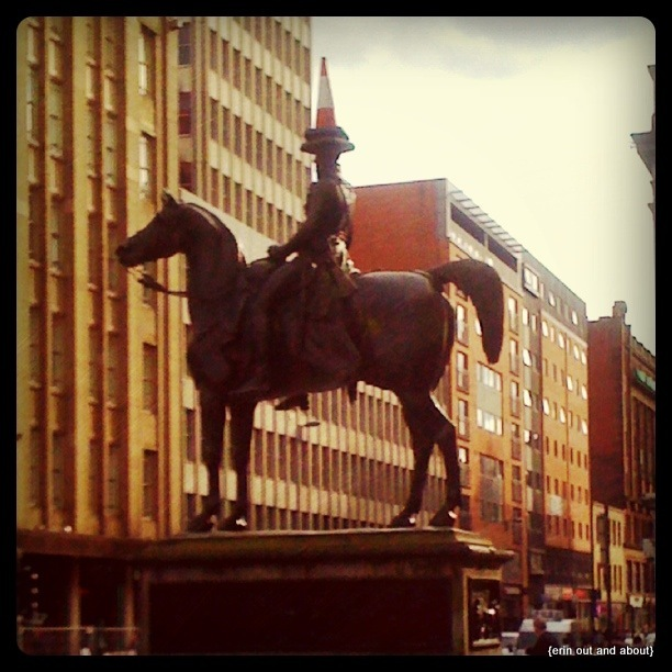 {ErinOutandAbout} Glasgow