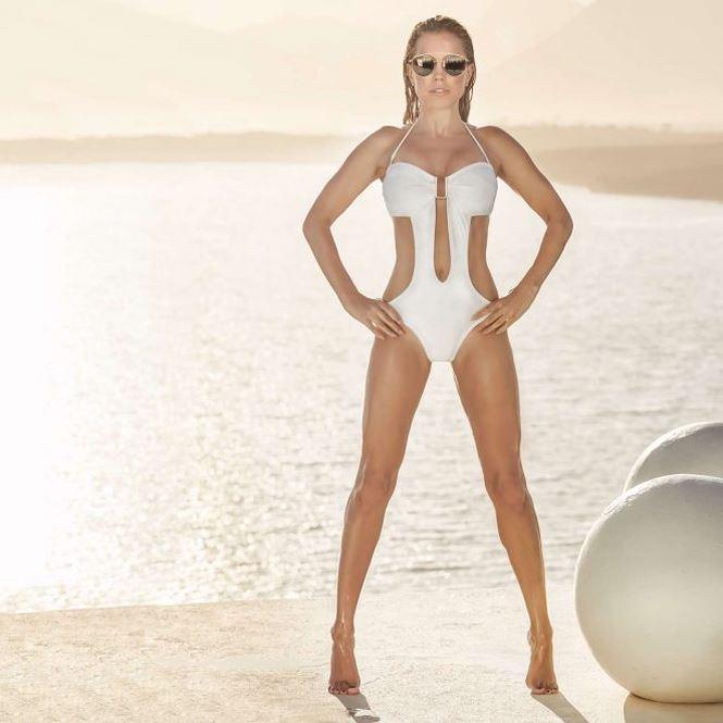 Ngắm Sylvie Meis - vợ cũ của Van der Vaart đẹp hút hồn với bikini -6