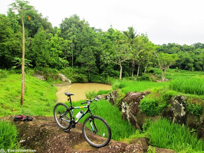 Sepeda di DAM Walikukun