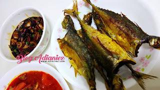 Ikan Cencaru Goreng dan Kicap Bawang Cili Padi