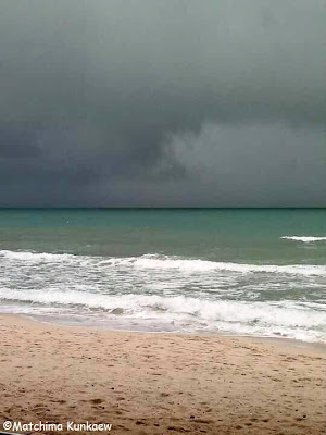 Chaweng Beach in stormy weather
