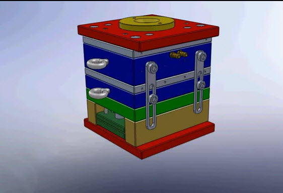 3D animation Solidworks Present to Three Plate Mould with Stripper