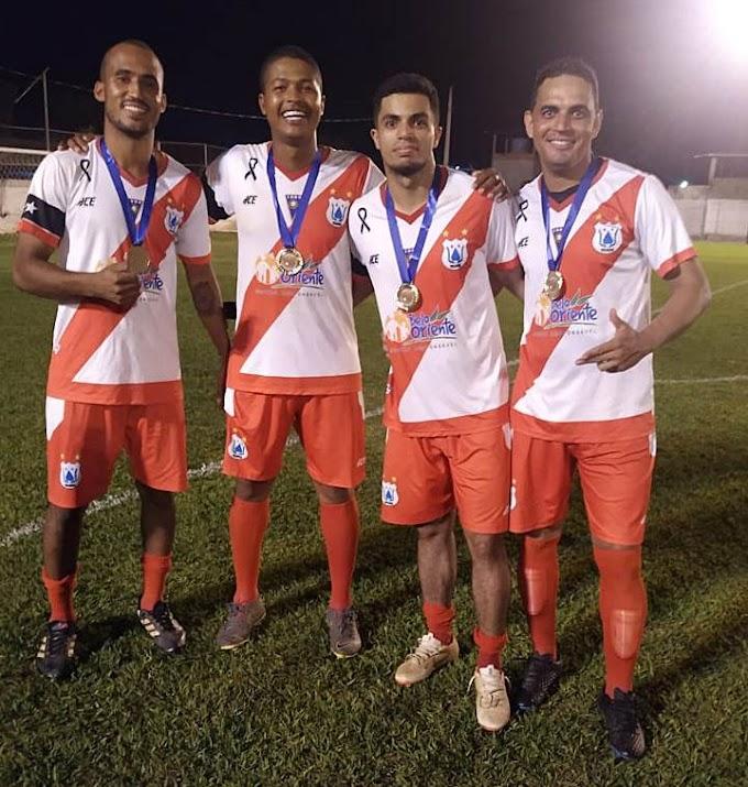 Além do título, jogadores comemoram marca histórica: a quinta final consecutiva em Belo Oriente