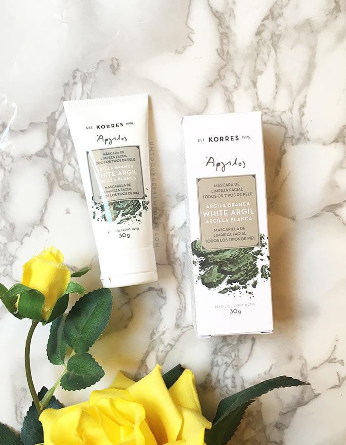 Resenha sobre a máscara de limpeza facial para todos os tipos de pele Argila Branca, da marca grega KORRES