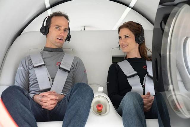 Şirket yetkilileri, insanlı test için XP-2 olarak da bilinen bir tren kapsülünü kullandılar.