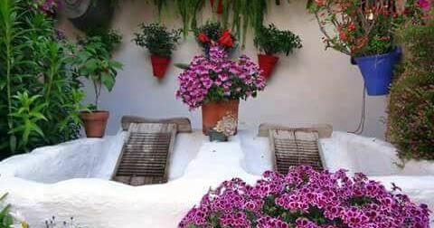 Lavadero en un patio de c rdoba lavaderos p blicos for Lavadero para patio