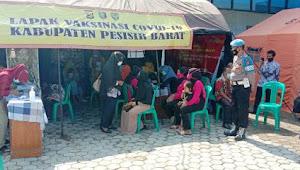 350 Guru SD di Pesisir Barat Divaksin Covid-19