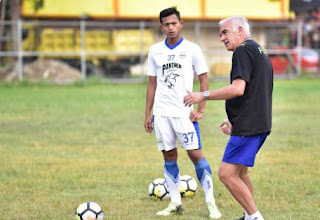 Mario Gomez Asah Ketajaman Striker Muchlis Hadi