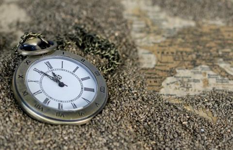 Apa Satuan Waktu dan Mengapa Pusat Waktu Ada di Greenwich ?