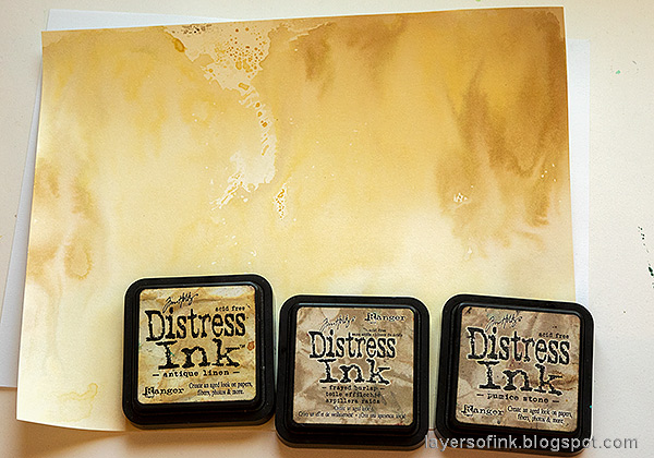 Layers of ink - Vintage Foxglove Art Journal Tutorial by Anna-Karin Evaldsson. Ink with Distress Ink.