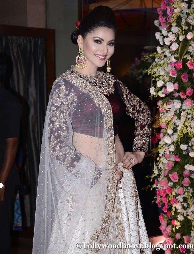 Indian Model Urvashi Rautela Photos In White Lehenga Choli