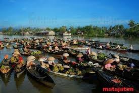 pasar tradisional lok baintan