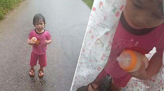(Video) 'Ibu.. Ibu...' - Anak berjalan seorang diri di tengah jalan, terlepas dari rumah pengasuh