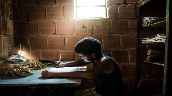 ONU: Pandemia priva de enseñanza a 463 millones de niños