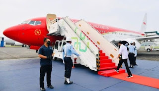 Perdana Presiden RI Joko Widodo Kunker Ke Jawa Timur Gunakan Pesawat Merah Putih