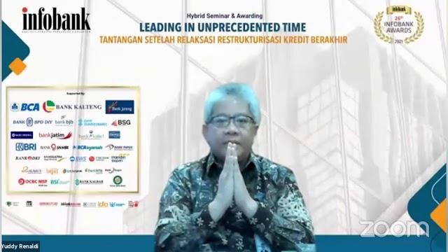 Direktur Utama dan bank bjb Raih Penghargaan Prestisius dari Infobank Award 2021