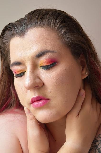 Tutoriel maquillage arc-en-ciel