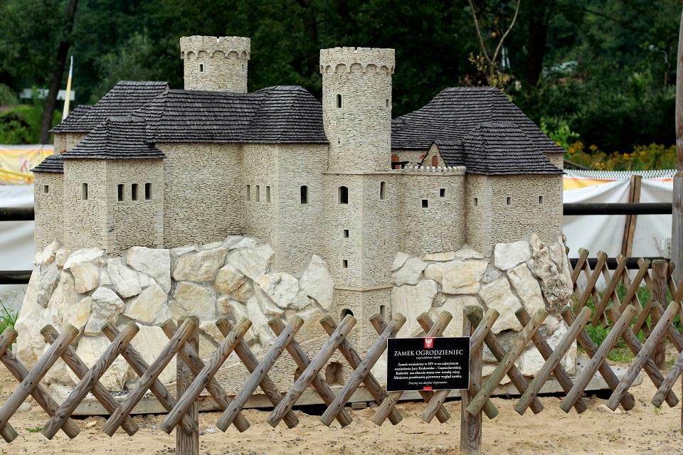 Park Miniatur Zamek w Ogrodzieńcu